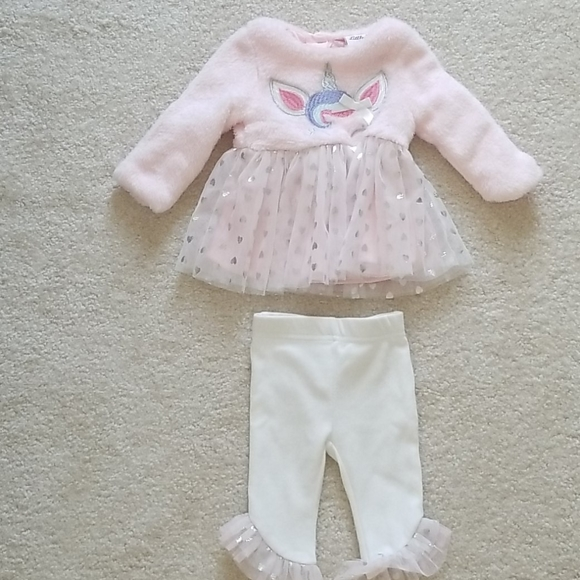Little lass baby Fleece unicorn outfit with tulle